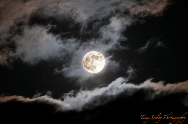 127 Super Moon - Redmond