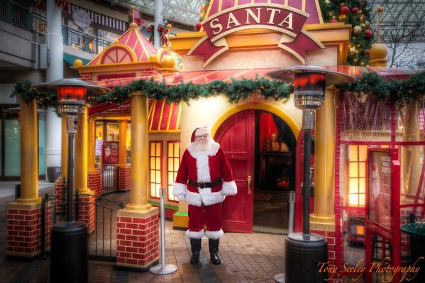 359 Santa - Redmond