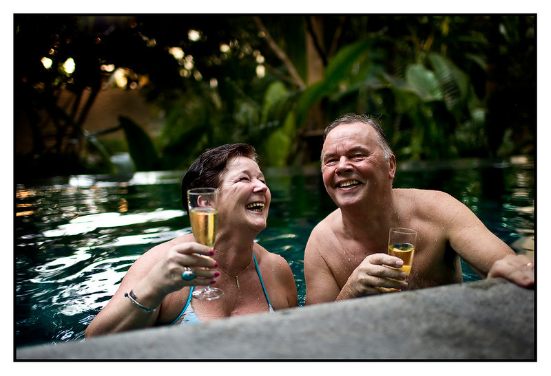 Tue 6 April - Anniversary<br /> <br /> Veikko and Seija celebrates 46 years of marriage today, and what better place to do that than in our pool with some champagne?<br /> <br /> Earlier today i brought them to see a totally blocked down town, all red. Fed up with it and therefore no more Red Shirt pictures...