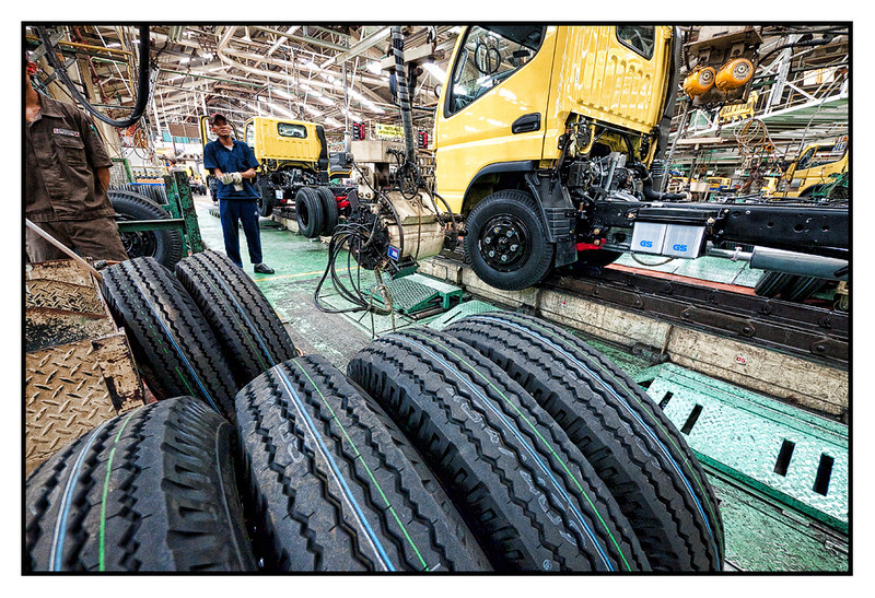 Tue 22 June - Truck wheel assembly<br /> <br /> Customer visit in Jakarta to see one application for wheel assembly of trucks, and evening more world cup