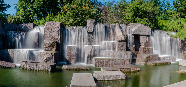 Made it to another favorite place of mine, The FDR Memorial. The waterfalls here are great.