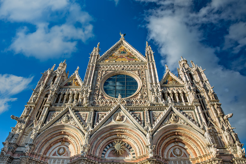 The great cathedral of Siena, the Duomo
