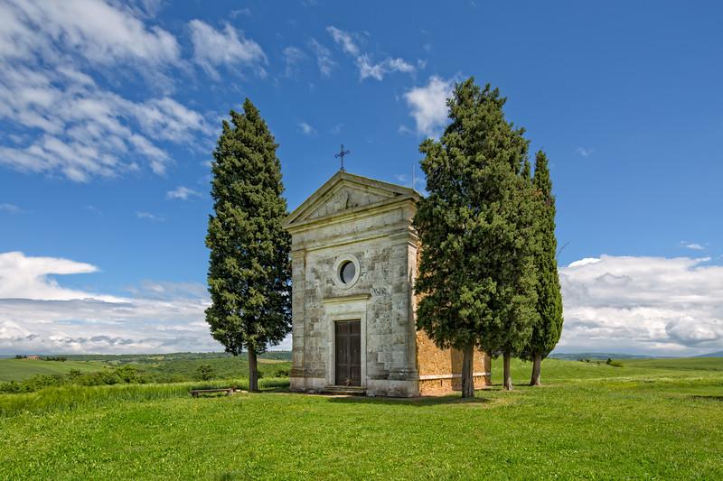 Vitaleta Chapel, Tuscany landscape