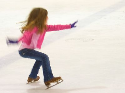 Julia is learning to skate
