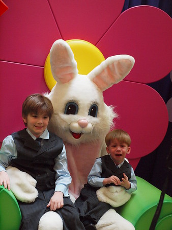 Easter Bunny 04-19-2011