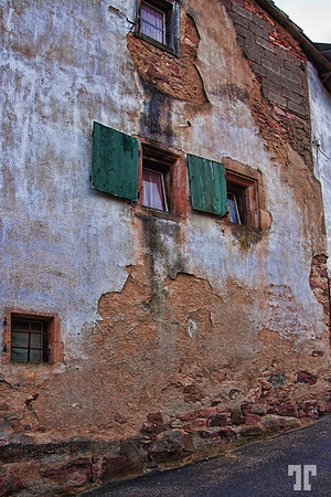 alsace-old-walls-9