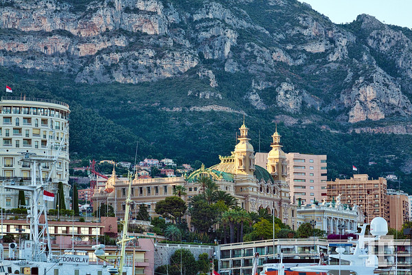 monte-carlo-waterfront