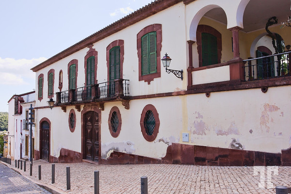 historic-building-silves-portugal
