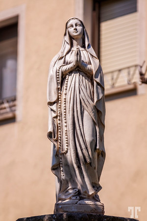 St Mary-statue-Poblet-downtown