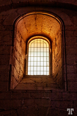 poblet-monastery-window