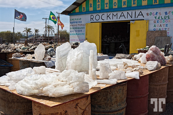 gem-rocks-store-quartzsite-arizona