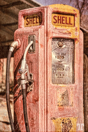 Shell old gas pump in Choride, Arizona