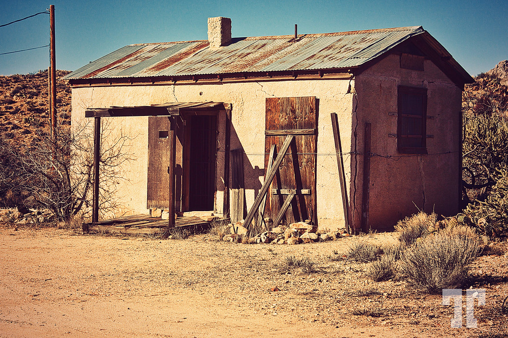 old-prison-chloride-arizona-route66-XL.jpg