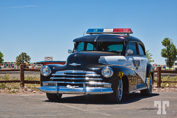 classic-chevrolet-police-car-grand-canyon