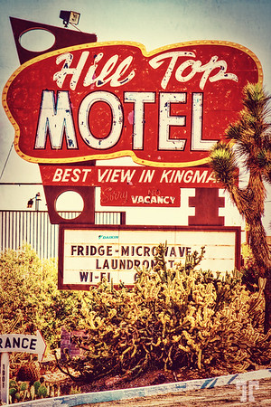 hill-top-motel-sign-kingman-arizona-route66-2AU-TTE-PM
