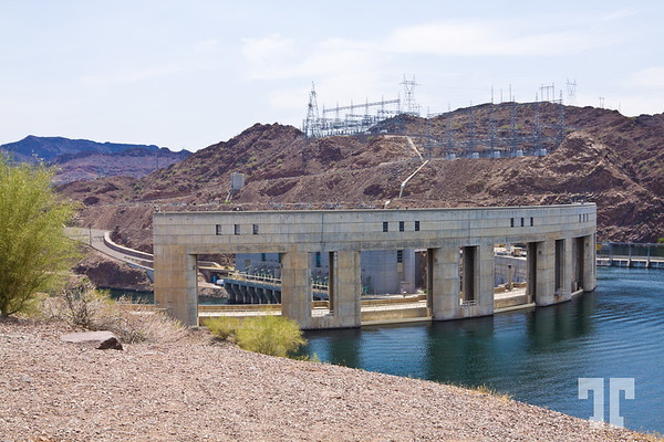 Parker-Dam-Colorado-River-arizona