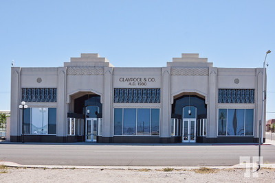 art-deco-building-needles-california