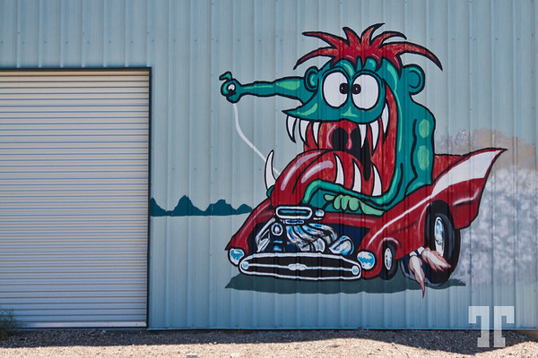 route66-garage-mural-art-needles-california-4