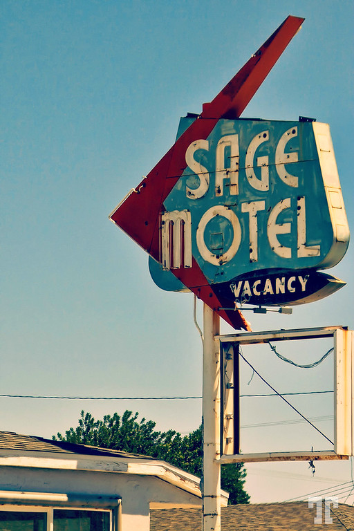 route66-old-motel-sign-needles-california-XL.jpg