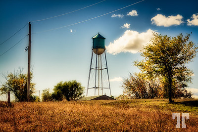 quinn-town-water-tower-s dakot-LU
