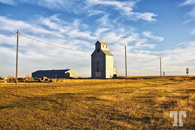 Historic wooden grain elevator in S. Dakota