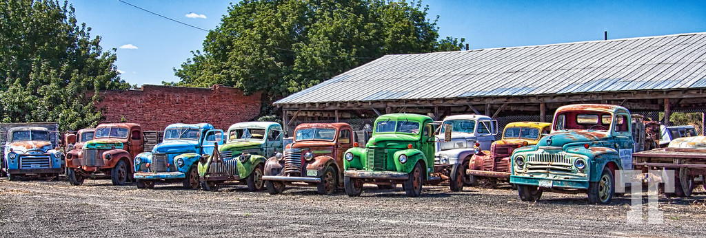 old-trucks-2-XL.jpg