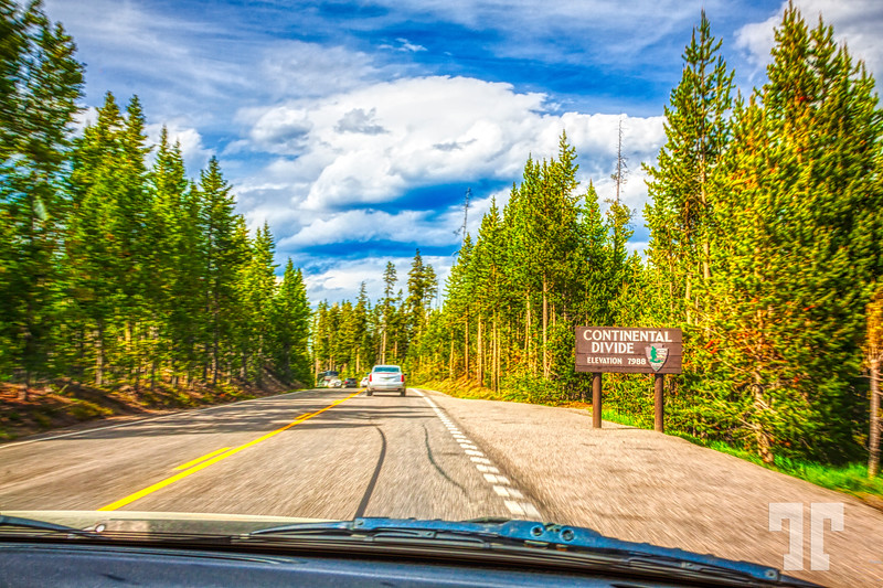 Continental-devide-yellowstone-driving