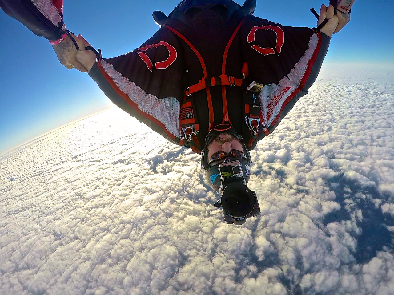 Wingsuit Head down flying and carving