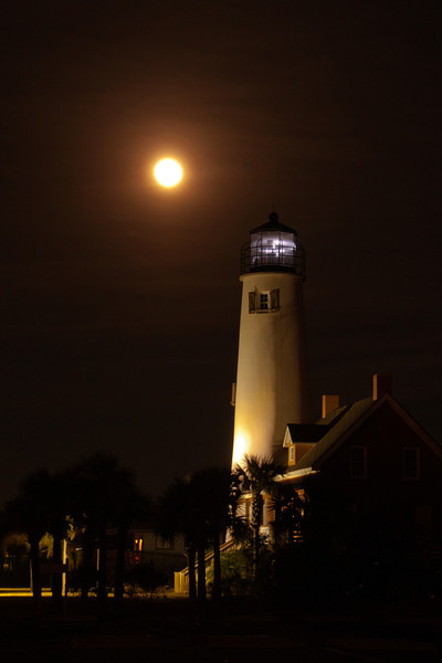"""Here's another photo of the full moon taken by the St. George Island Lighthouse.  I did an earlier """"Pictures of the Week"""" segment on the restoration of this lighthouse following its collapse into the Gulf of Mexico in 2005.  Here's a link to that story.  <a href=""""http://www.earlorfphotos.com/Pictures-of-the-Week/2010-Pictures-of-the-Week/3-14-10-St-George-Lighthouse/11503696_M9HMG4#!i=809522665&k=ZKx6b"""">http://www.earlorfphotos.com/Pictures-of-the-Week/2010-Pictures-of-the-Week/3-14-10-St-George-Lighthouse/11503696_M9HMG4#!i=809522665&k=ZKx6b</a>"""