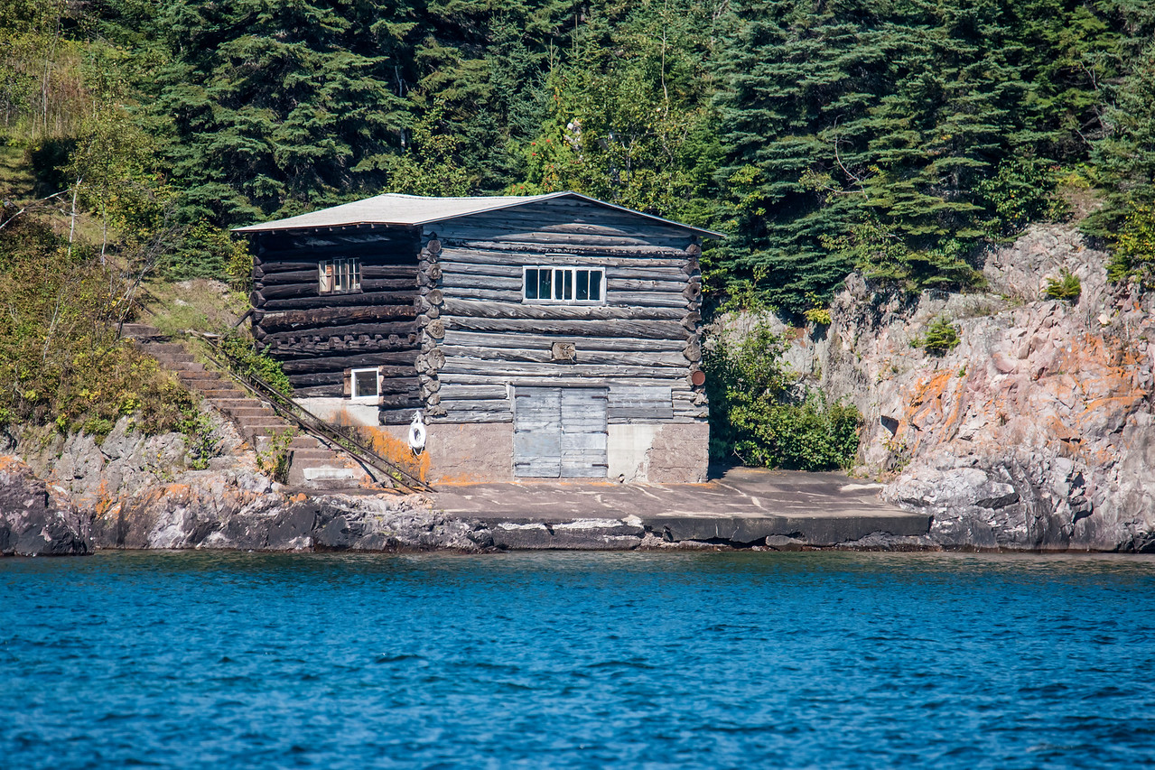 Some of the earliest settlers along the North Shore were commercial fishermen.  This is one of the early boat houses.  It looks like it is still in pretty good shape.