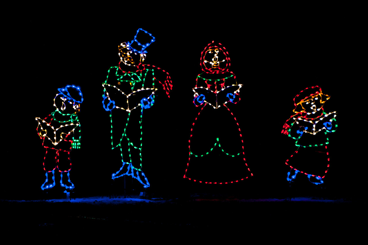 Here's the second set of photos from a holiday light display at Phalen Park in St. Paul, MN.  One display depicted carolers singing holiday songs.