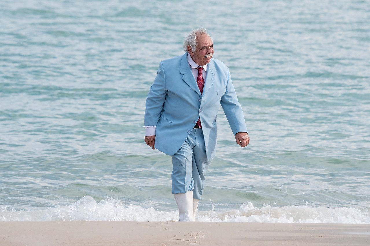 Jack Rudloe is the founder of the Gulf Specimen Lab and he came all dressed up for the occasion, complete with white rubber boots.  He checked the water in the Gulf and found it to be warm enough for the release.