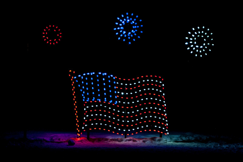 One display showed the American flag with some fireworks in the air.  They even made the flag look like it was waving in the breeze.