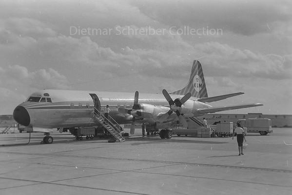 1960-08-17 PH-LLH Electra KLM