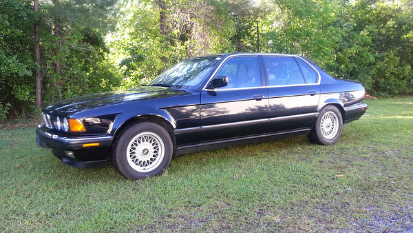 1991 BMW 750iL - Black