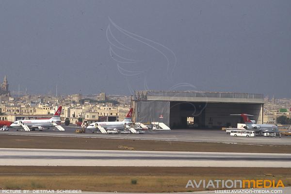 1991-07 Malta Airport