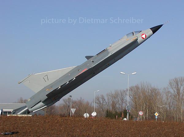 2003-02-15 35368/17 Saab Draken Austrian AIr Force