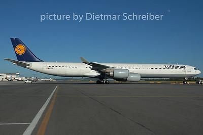 2005-06-18 D-AIHE Airbus A340-600 Lufthansa