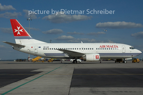 2005-06-19 9H-ADI Boeing 737-300 Air Malta
