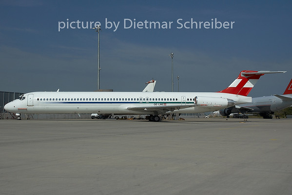 2005-06-29 OE-LME MD80 Austrian Airlines