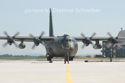 2005-06-03 8T-CA Lockheed C130 Austrian Air Force