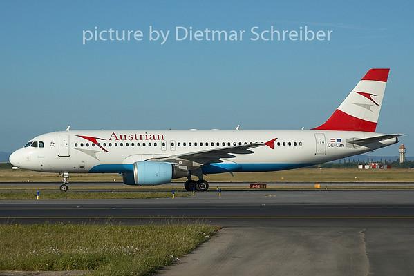 2005-06-18 OE-LBN Airbus A320 Austrian Airlines