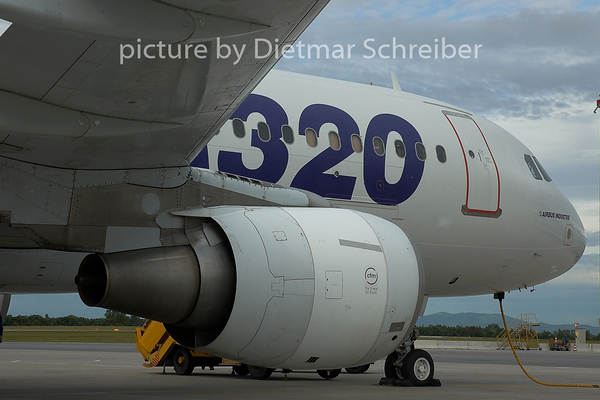 2015-06-10 F-WWBA Airbus A320 Airbus Industries