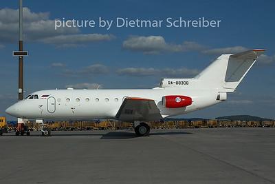 2005-06-19 RA-88308 Yakovlev 40