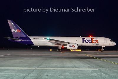 2010-12-30 N923FD Boeing 757-200 Fedex