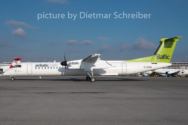 2010-12-27 YL-BAQ Dash8-400 Air Baltic