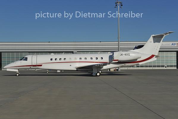 2011-12-20 OK-KKG Embraer 135