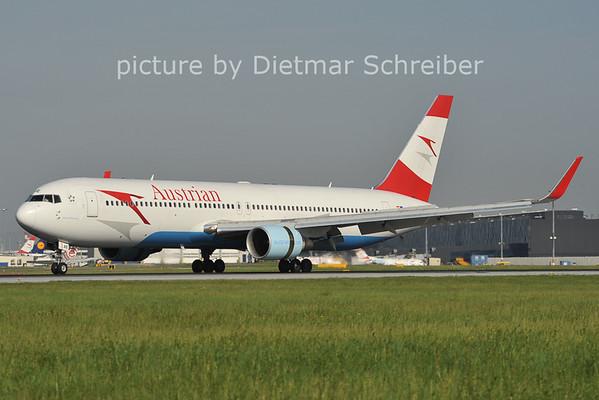 2012-05-02 OE-LA Boeing 767-300 Austrian Airlines