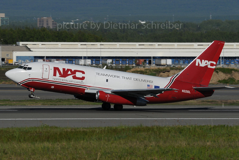 2013-06-06 N321DL Boeing 737-200 Northern Air Cargo