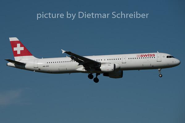 2015-08-29 HB-IOC Airbus A321 Swiss